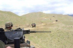 Réflexions au sujet d'Uzbin dans ACTUALITE le-convoi-du-bataillon-francais-au-coeur-de-la-vallee-d-uzbin-300x199