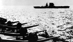 USS-Lexington-Vu-Depuis-USS-Yorktown-Mer-Corail-8mai1942-1